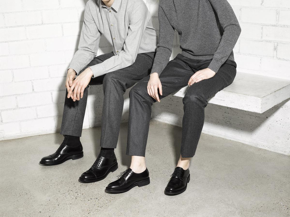 Chaussures en cuir noire de chez Heshung