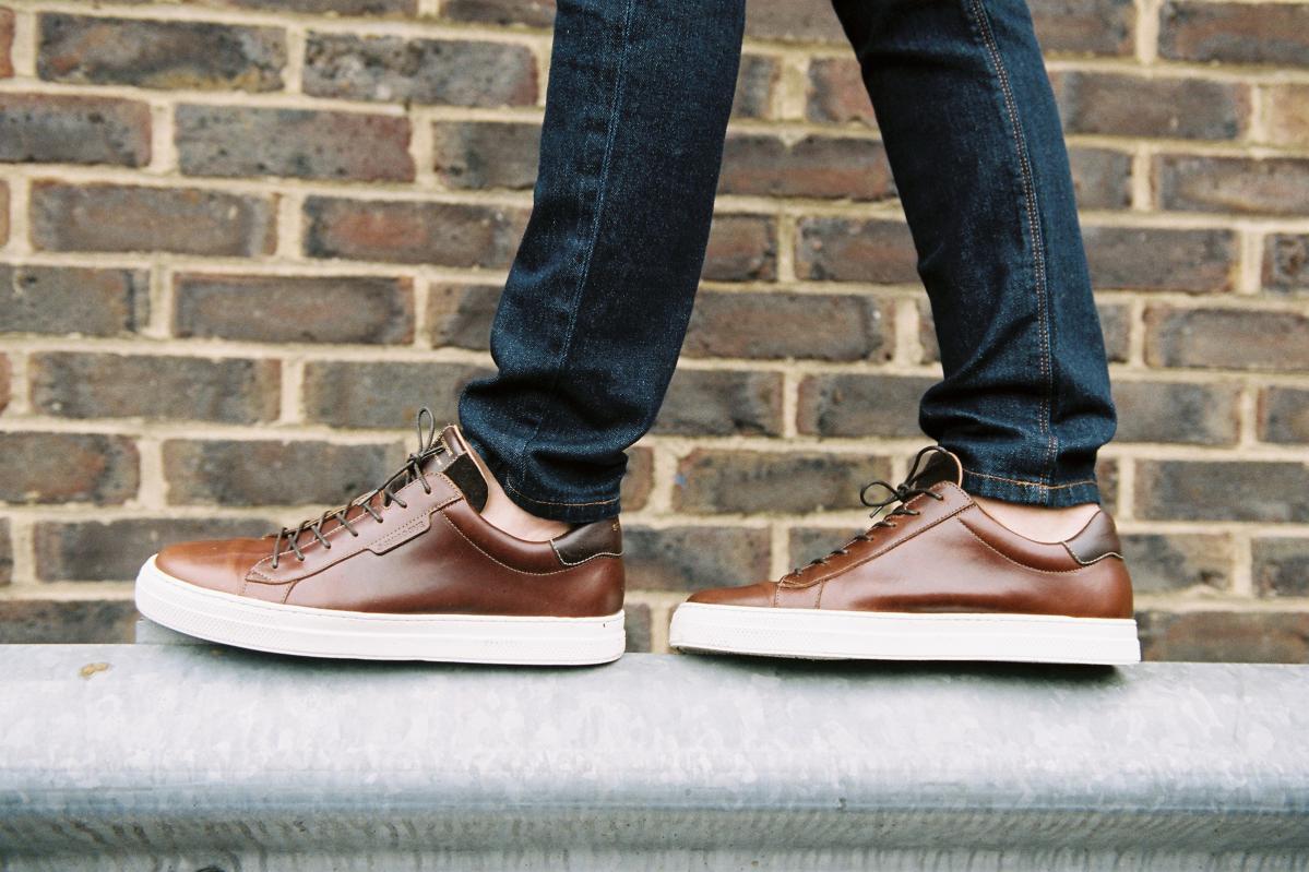 Chaussures en cuir marron Schmoove