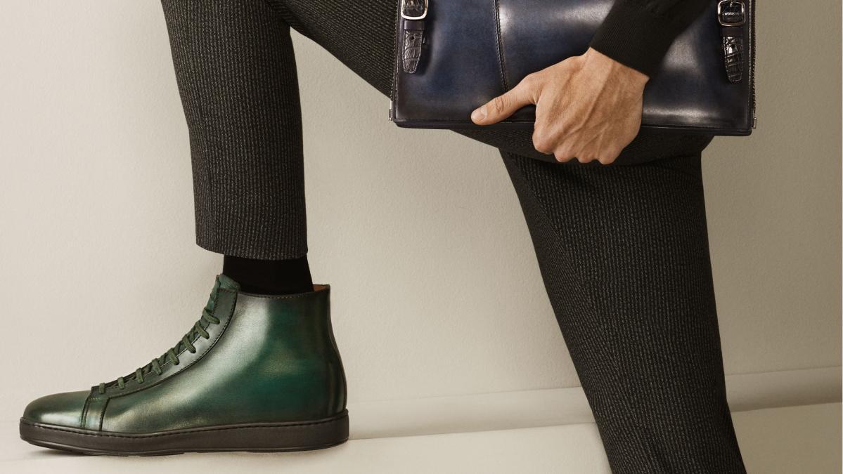 Chaussures basses en cuir vert Santoni